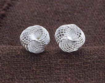 1 pair of 925 Sterling Silver Wire Woven Knot Stud  Earrings 8mm., minimalist earrings :er0948