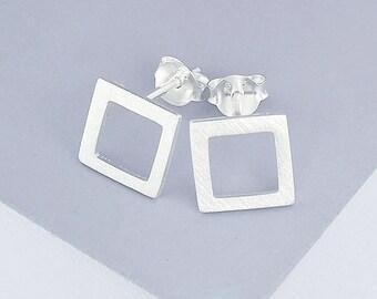 1 pair of 925 Sterling Silver Brushed Square Stud Earrings 9mm. minimalist earrings :er0897