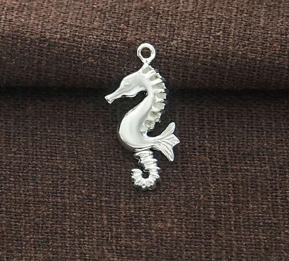 925 Sterling Silver 2 Seahorse Pendants 25mm.