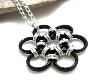 Black Chainmaille Flower Pendant Necklace - Japanese 12 in 2