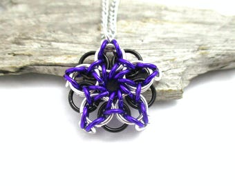 Star Chainmaille Pendant - Celtic Star Pendant Necklace - Purple & Black Chainmaille Pendant