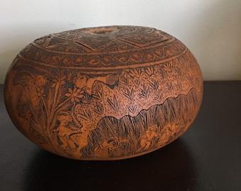 Antique Peruvian Folk Art Carved Gourd Box / Signed A Medina Peru