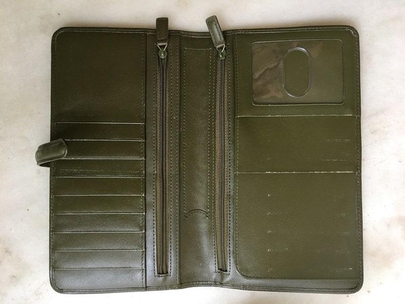 Levenger Ultimate Travel Organizer Green Leather Passport Wallet  Travel Wallet