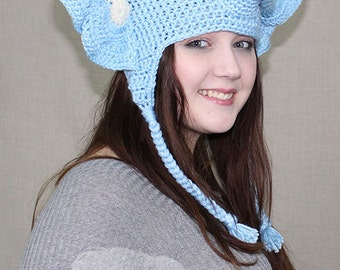 Crochet Elephant Hat / THE ELEPHANT EARFLAP