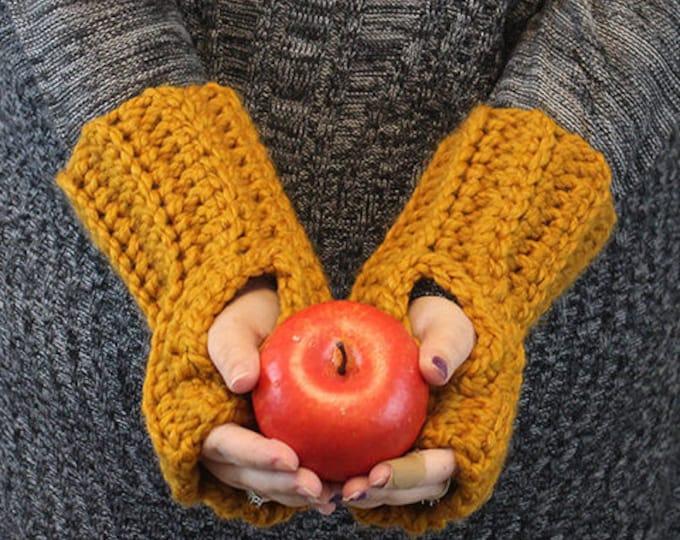 Crochet Chunky Wristers / Wrist Warmers / Fingerless Gloves / CHARLIE WRISTERS