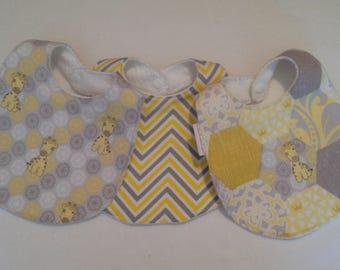Baby Bib/Giraffe Bib/Burp Cloth Gift Set/Giraffe Burp Cloth/ Baby Shower Gift