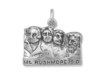 MT Rushmore Charm 925 Sterling Silver Pendant National Park Travel South Dakota