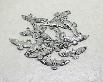 CLEARANCE Eagle Pendant set of 14 Pewter Antique Finish Silver Plated Charm Bird Hawk Animal