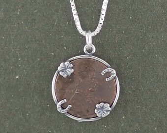 Sterling Silver Lucky Penny Holder with Four Leaf Clover & Horseshoe Pendant Necklace with Box Chain