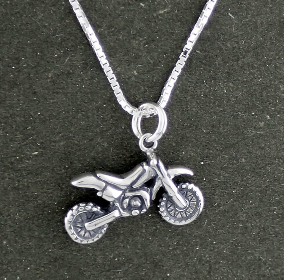 "Charm 18/"" Italian Box Chain Sterling Silver Pegasus 3D Pendant"