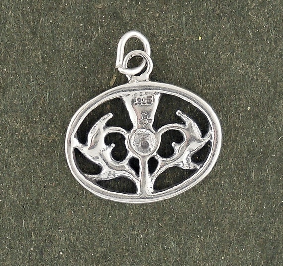 I Luv LTD Sterling Silver Thistle Oval Pendant Crafted Scotland Hand Made 12mm