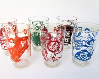 Vintage Juice Glasses   Swanky Swigs   Small Jelly Glasses   Antique Pattern   Lot of 6