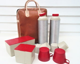 Vintage Picnic Thermos Set | Picnic Set | Silver Thermos | Travel Picnic Collection | Food Storage Containers | Vinyl Tote Bag
