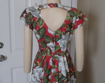 Vintage Red Cotton Floral Dress by Carol Anderson  size 4 Petite