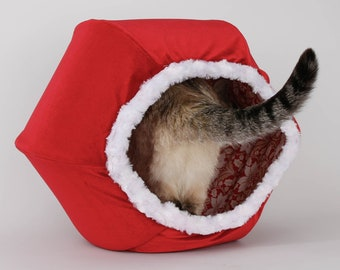 Red Velvet Christmas Cat Bed With White Fur Trim - The Santa Cat Ball cat bed
