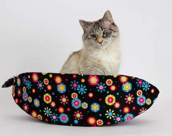 Cat Canoe - Narrow Cat Bed in Whimsical Button Flower Fabric