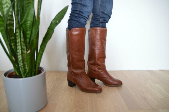 Wo  Vintage Vintage Vintage Boots taille UK 4, UE 37, nous 6,5 au chaud l'hiver fourrure bottes hautes | D'avoir à La Fois La Qualité De Ténacité Et De Dureté  f23153