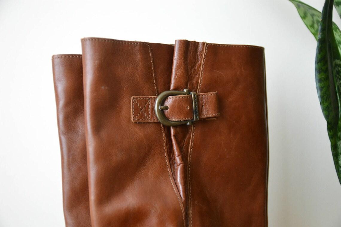 Botas de cuero mujeres Vintage marrón botas planas tamaño US 6.5 UE 37