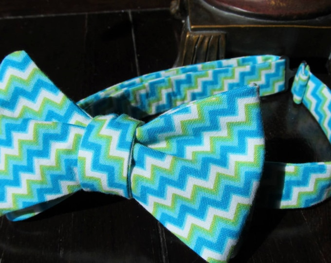 Mens Bow Tie, Mens adjustable Bow Tie, Yellow and Grey Bow Tie for Weddings or Special Events