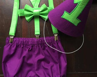The Incredible Hulk Cake Smash Birthday Set, Set includes; Bow tie, Suspenders, Diaper Cover, and Party Hat handmade by TwoLCreations