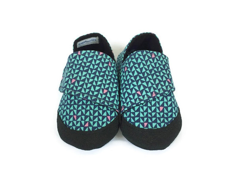 2fe64867e1821 Soft Sole Baby Shoes, Summer Shoes, Baby Moccasins, Toddler Slippers,  Fabric Baby Slippers, Baby Moccs, 12-18 Month