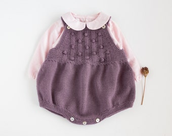 Knitted baby romper in organic merino wool, Home coming baby outfit, 0-3 month