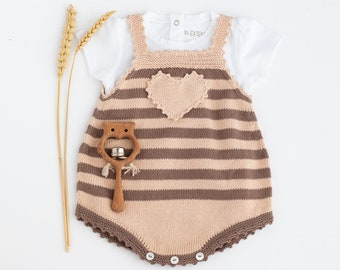 Knitted baby overalls with stripes, brown and desert sand, knitted baby romper, knit baby jumpsuit, 100% organic cotton. SIZE 1-3 Months