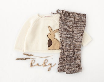 The Rabbit baby set. Knitted sweater and ribbed pants. Soft blue and camel. Felt Rabbit. 100% merino wool. READY to SHIP size newborn.