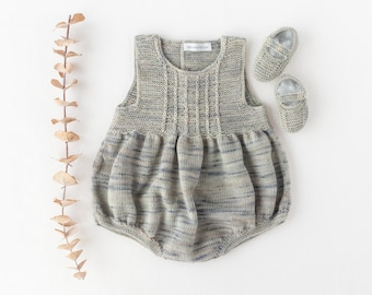 Knitted baby romper and crib shoes, hand-dyed organic merino wool, Homecoming outfit, Newborn Ready to Ship.