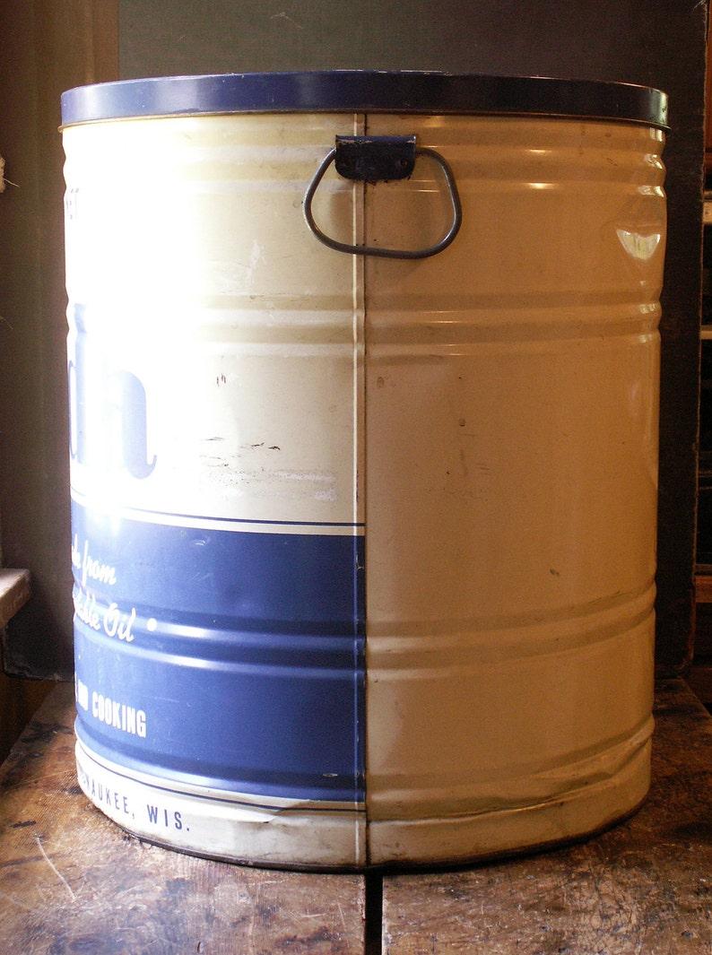 Vintage Large General Store Blue and White Fonda Shortening Tin Great Retro Kitchen Decor