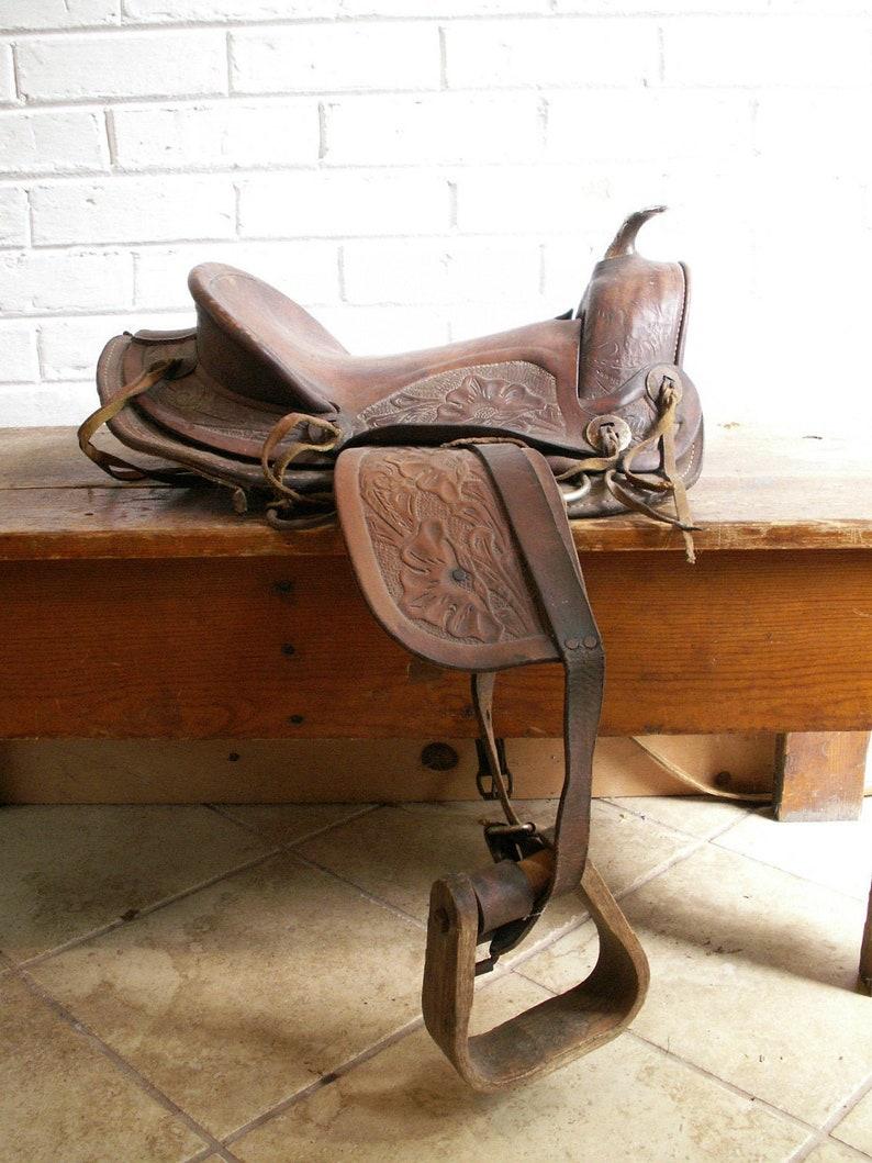 Vintage Hand Tooled Leather Saddle  Horseback Riding Saddle  image 0