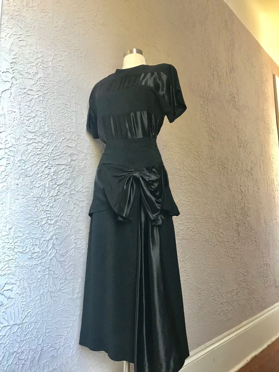 1930's/40's Vintage Black Rayon Crepe Silk Satin E