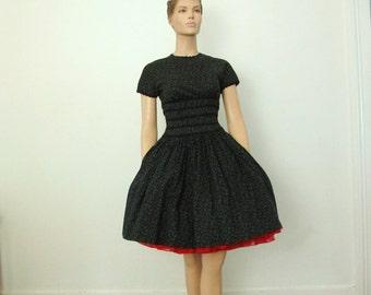 1950.s Vintage Floral Print Party Dress Full Skirt