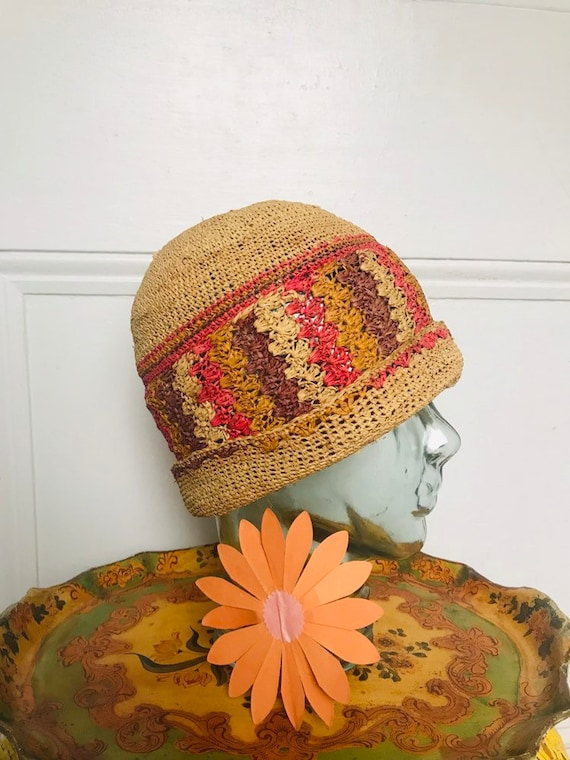 1920's Hand Crochet Raffia Cloche hat medium