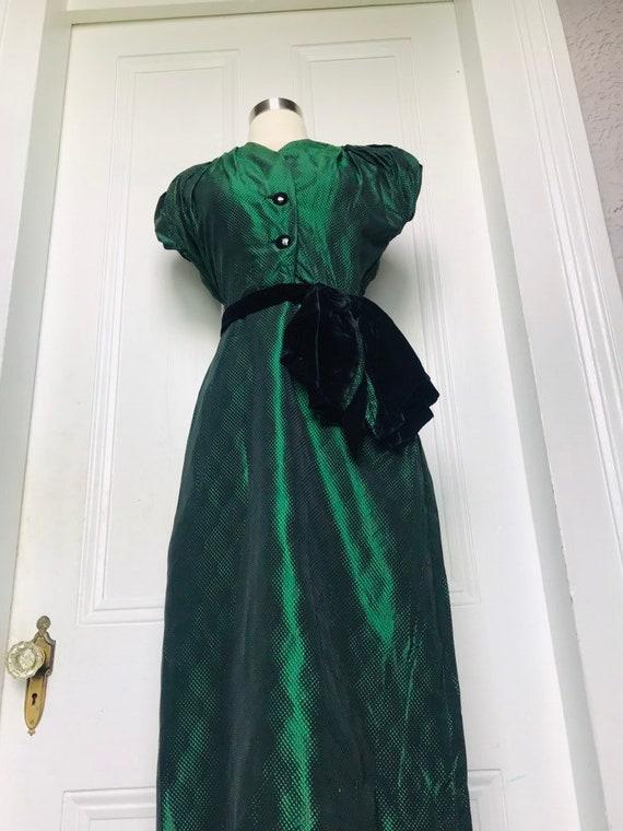 30's/40's Vintage Green Black Silk Damask Dress s… - image 2