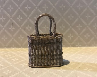 Dollhouse miniature 1:12th scale vintage shopping basket