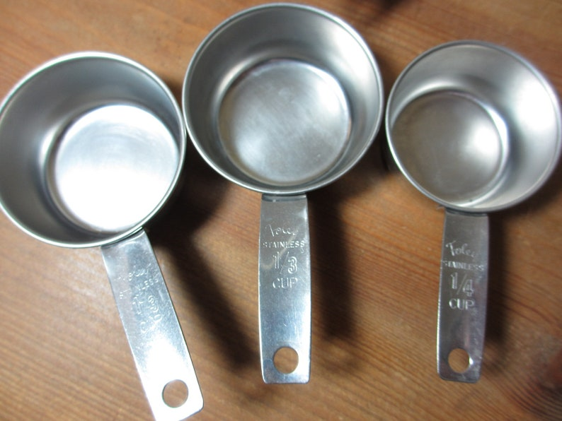 Foley Stainless Steel Measuring Cup or 14 Cup See Description UT048 Choose 12 13 Script Logo
