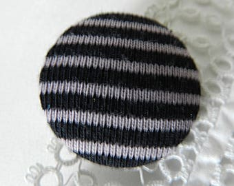 Button in purple and black striped 32 mm / 1.25 in