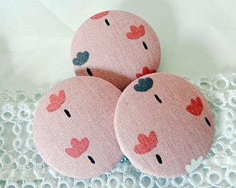 Pink floral fabric button, 40 mm / 1.57 in