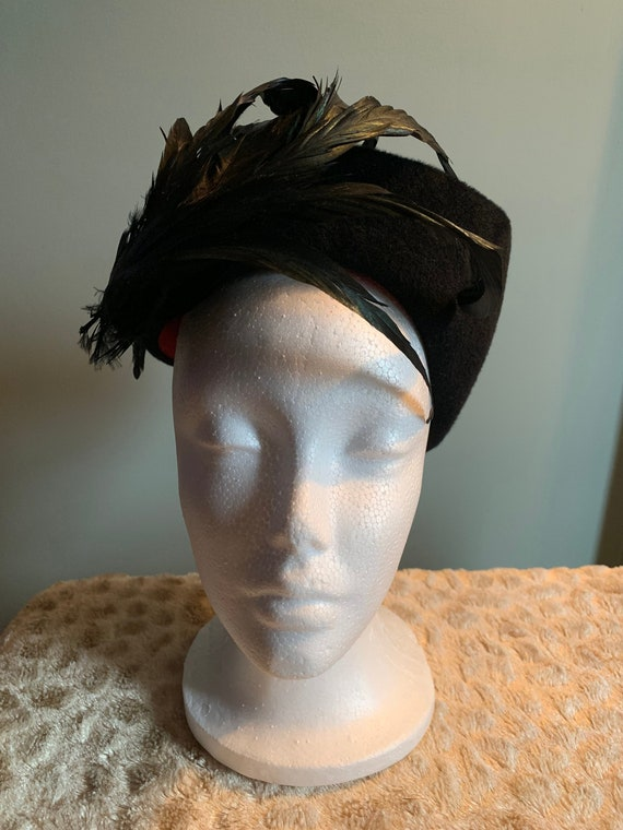 1950's feathered pillbox hat