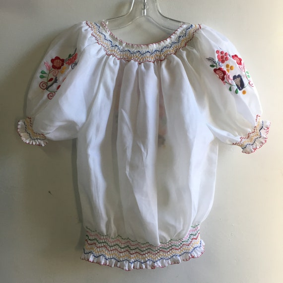 vintage hand embroidered Hungarian blouse - image 3