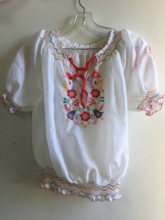 vintage hand embroidered Hungarian blouse - image 4