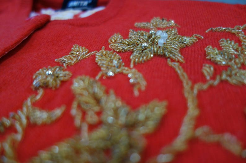 by Anita vintage 1950/'s Cashmere cardigan with extensive gold beading