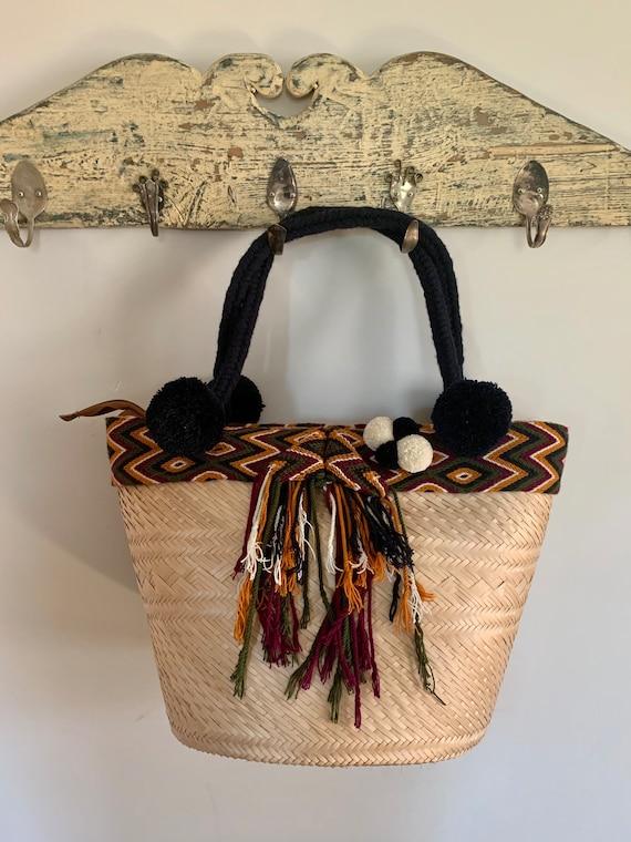 Vintage Woven Market Straw Tote Bag /Vintage baske