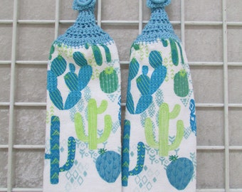 Pair of Cacti Hanging Towels