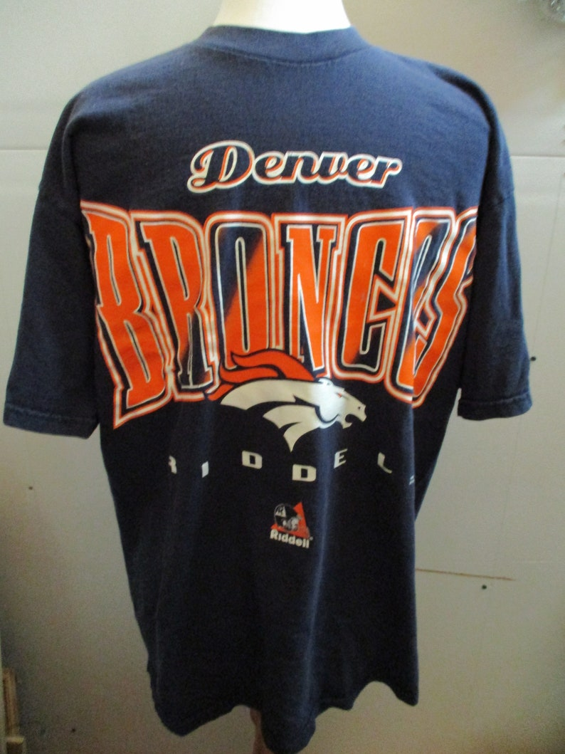 best sneakers 6dd19 92bc8 Denver Broncos T shirt, Vintage Broncos T Shirt, Father's Day Gift, 1990's  Broncos Shirt, Size Large, Boyfriend Gift