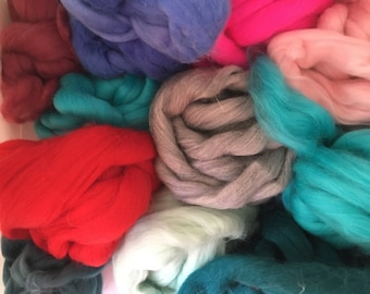 Merino Fiber/ 1 lb/Colors/Mill Dyed/Blending/Felting/Spinning Fiber/Weaving/wool fiber