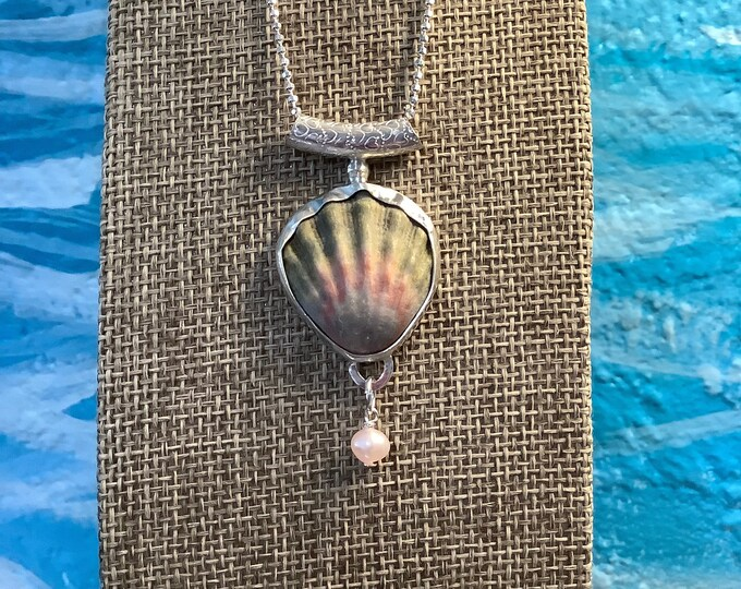 Moonrise Hawaii Shell Necklace