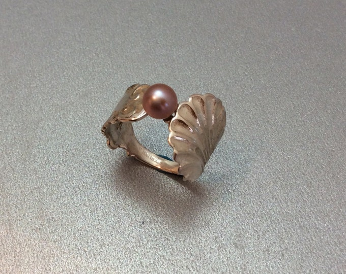 Sterling Silver Salt Spoon Ring with Natural Pink Pearl