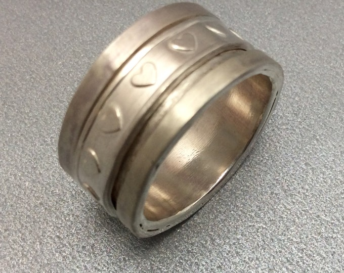 Sterling silver spinner ring with Sterling heart spinner